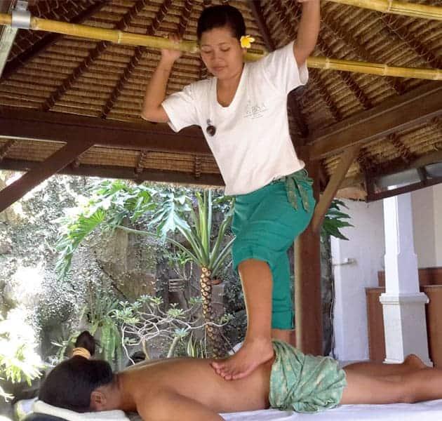 ashiatsu massage practice by Bali BISA trainer