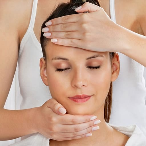 An ITEC Indian Head Massage diploma provides spa therapists with a useful and popular skill